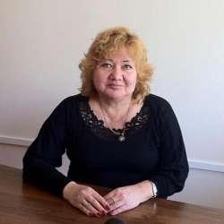 dolphin therapy specialist Raushan Beidaliyevna Karimova, photo