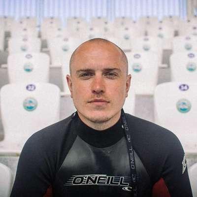 специалист дельфинотерапии Тимощук Александр Василиевич, фото therapynemo.com